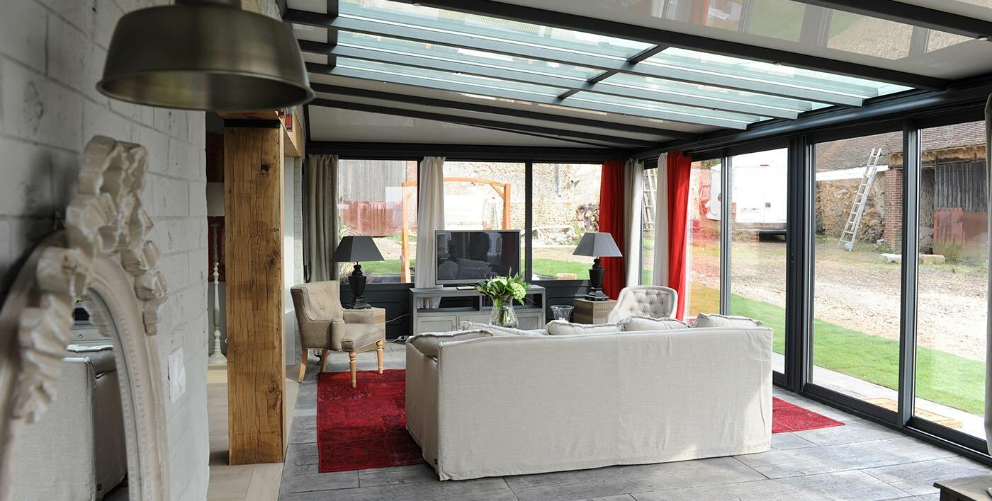 v randa alu wallis v randa alu menuiserie alu profils systemes. Black Bedroom Furniture Sets. Home Design Ideas