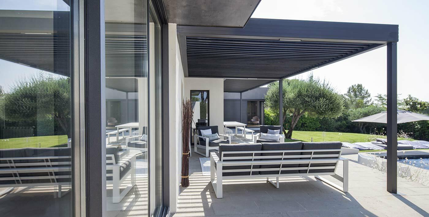 profil aluminium pour pergola top pergolas alu unique en aluminium type pergola kit leroy. Black Bedroom Furniture Sets. Home Design Ideas